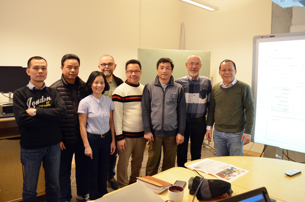 Forskere fra Vietnam, Per Frost og Olaf Husby. Foto: Andrea Hegdahl Tiltnes