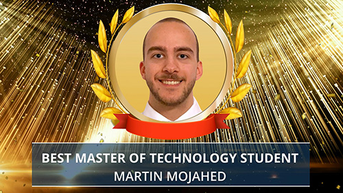 Martin Mojahed award presentation. Photo