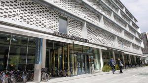 Fasade Bibliotek for medisin og helse i Kunnskapssenteret