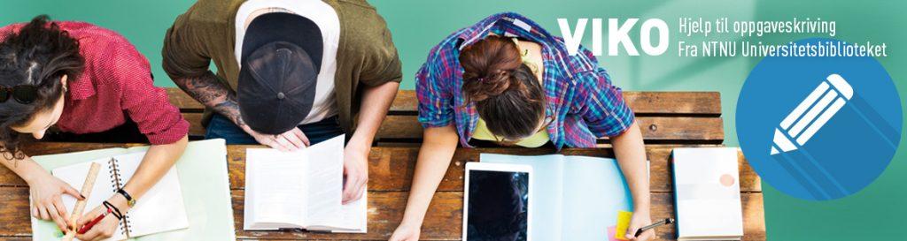 Studenter som jobber sett ovenfra. Foto med VIKO-logo