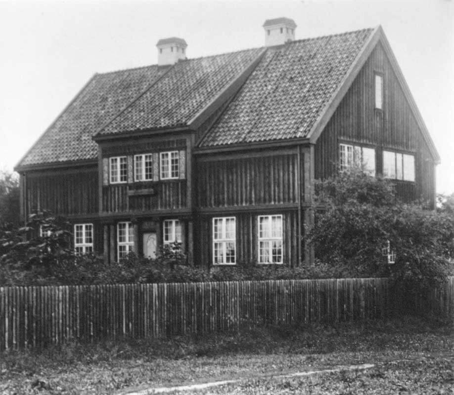 Nordhagens hjem i Kronprins Olavs alle 16 (Kroken). NTNU UB, Tek-0014 Olaf Nordhagen.