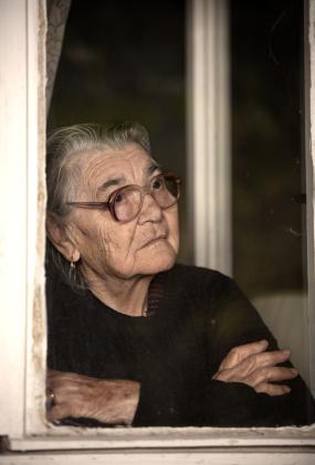 Eldre utsettes for vold og annen krenkende behandling