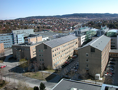 The Department is located in Kjemiblokk V (the building in the middle in this picture)
