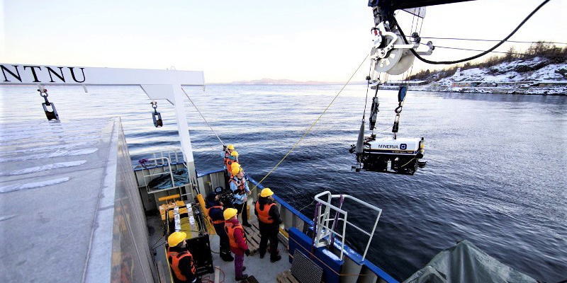 AUR-lab Deployment of the ROV Minerva from our research vessel RV Gunnerus