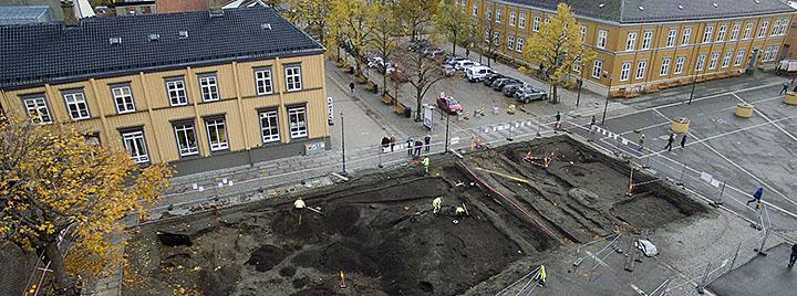 The excavation of Trondheim market square Photo: Carl-Eric Eriksson, Trondheim Municipality