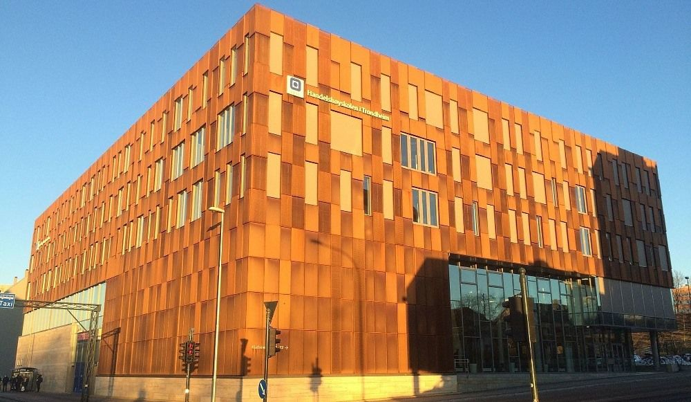 Bygningen der Økonomibiblioteket er lokalisert. Foto.