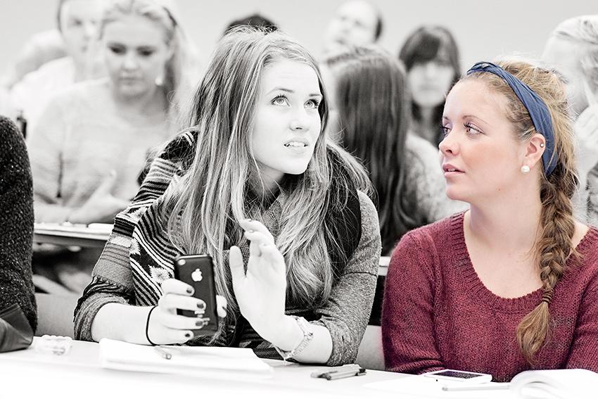 TettPÅ, ill.: To kvinnelige studenter