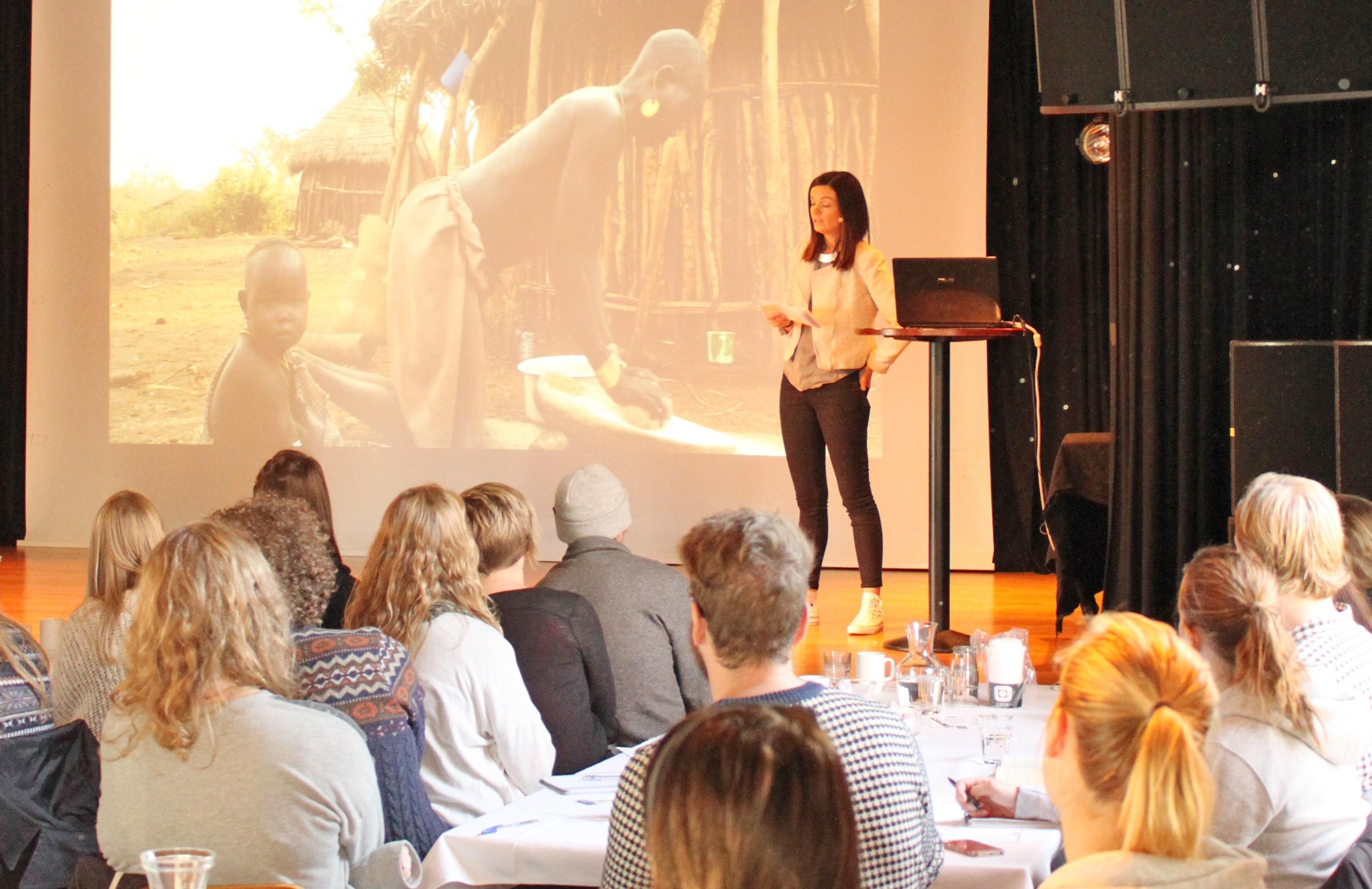 Alumn Stine Lise Jørgensen forteller om studier og jobb