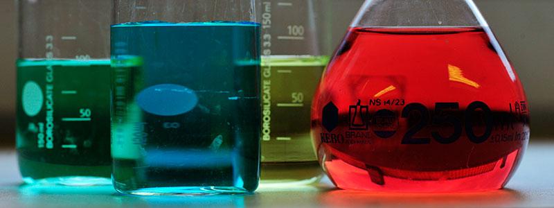 Kjemiingeniør_Lab_Glass_Farger_Undervisning