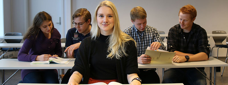 Studenter i forelesning