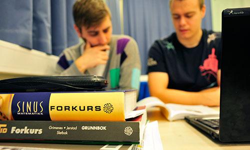 500x300Forkurs_Matematikkbok_Studenter