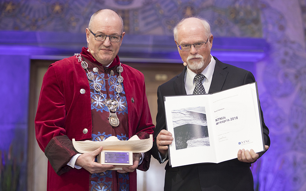 Rektor Gunnar Bovim og Rune Fløisbonn. Foto: Thor Nielsen/NTNU