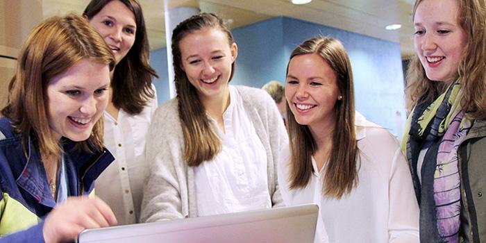 Samarbeid med våre studenter